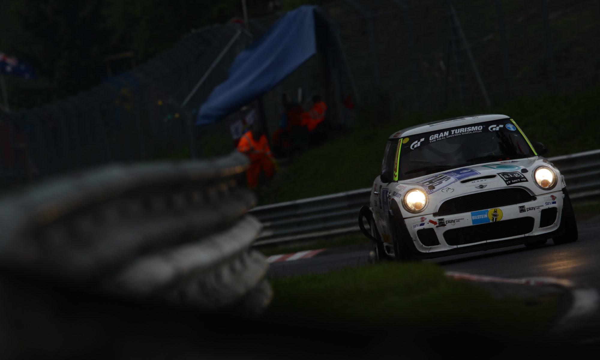 s.i.g. motorsports:ニュルブルクリンク24時間レース